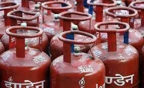 LPG गैस सिलेंडर की तत्काल बुकिंग के लिए दिन में होगा एक फिक्स टाइम