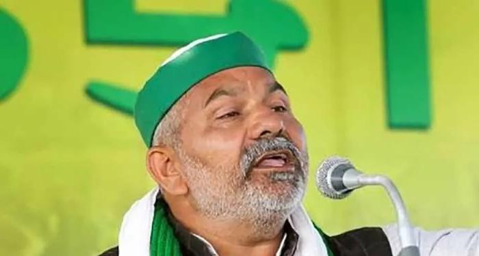 """गाजीपुर बॉर्डर से किसान नेता राकेश टिकैत का सरेंडर करने से इनकार, कहा """"हम पर झूठे आरोप लगाए जा रहे,"""