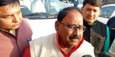 भाजपा के मंत्री का अज़ब गज़ब बयान बोले महंगाई की जनता को आदत पड़ जाती है, महंगाई से पब्लिक तो नहीं नेता त्राहिमाम कर रहे