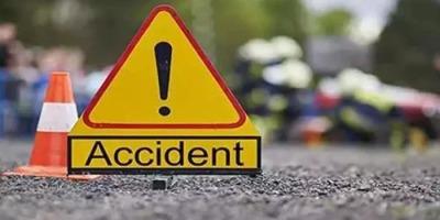 आगरा एक्सप्रेस-वे पर भीषण सड़क हादसे में चार की मृत्यु , पांच अन्य घायल