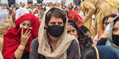 प्रियंका नवरीत सिंह के अंतिम अरदास में पहुंची, बोलीं – शहीदों को आतंकवादी कहते हैं। यह बहुत बड़ा जुल्म है