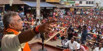 बंगाल बीजेपी अध्यक्ष का महिला विरोधी बयान: ममता को दी साड़ी की जगह बरमूडा पहनने की सलाह