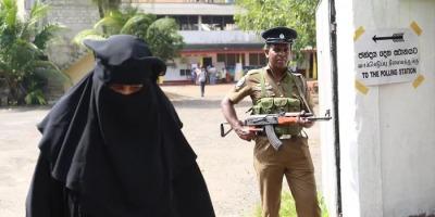 श्रीलंका ने लगाई बुर्क़े पर पाबन्दी, एक हज़ार मदरसे किये बंद