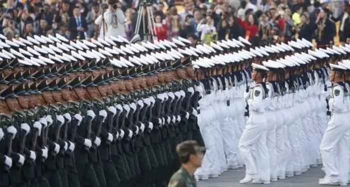 चीन ने बढ़ाया अपना पिछले साल की तुलना में 6.8 प्रतिशत से अधिक रक्षा बजट !