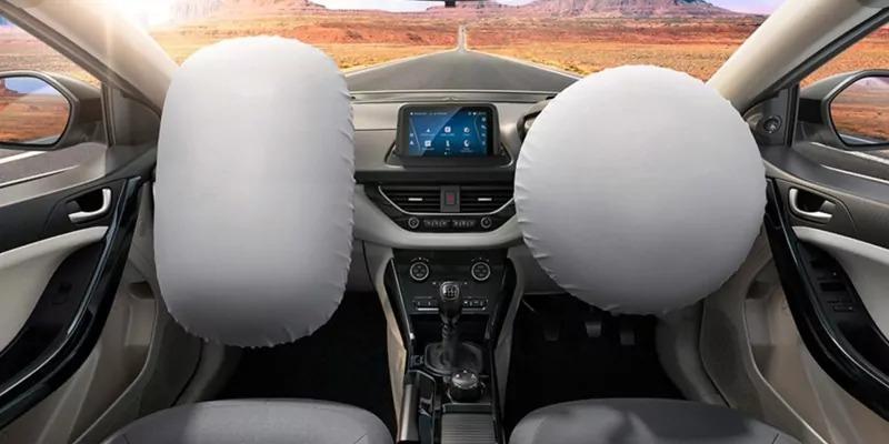 नई कारों में 1 अप्रैल से डुएल एयरबैग अनिवार्य, सेफ्टी मानकों में भी हुआ बदलाव