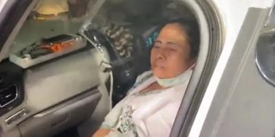 ममता बनर्जी पर नंदीग्राम में जानलेवा हमला, ज़ख़्मी हुए पैर