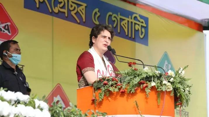 प्रियंका गांधी वाड्रा ने असम चुनाव में किये पांच गारंटीयुक्त जनता से वादे