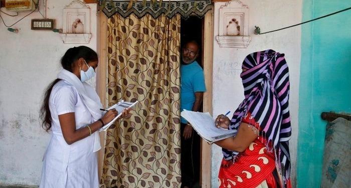 महाराष्ट्र सरकार की मांग पर केन्द्र ने खड़े किये हाथ, अभी कोरोना का घर-घर जाकर टीकाकरण संभव नहीं