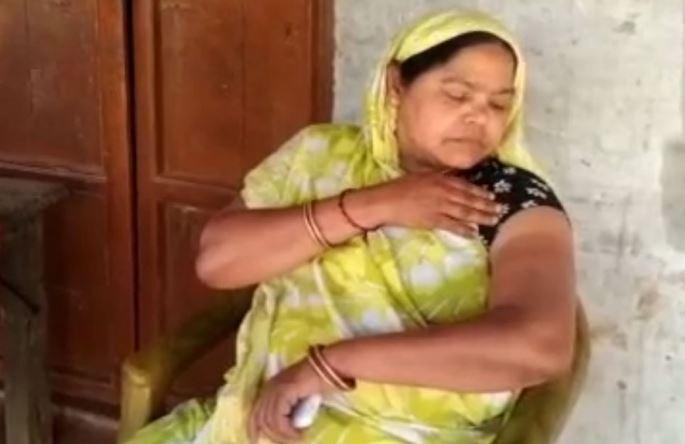 कानपुर में अजब-गजब घटना, व्यस्त नर्स ने कोरोना वैक्सीन लगवाने पहुँची महिला के साथ क्या किया जाने…